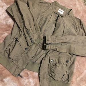 Olive/tan zip up jacket